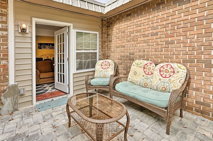 NEW! Central Foley Studio-25 Mins to Orange Beach!