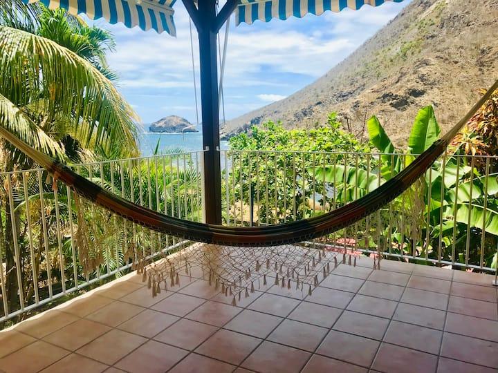 Villa Figues et Mangos vue mer à 2min de la plage.
