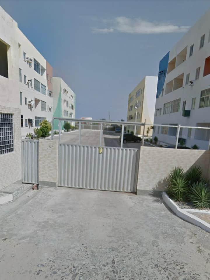 Apartamento com 03 quartos em LUÍS CORREIA-PI