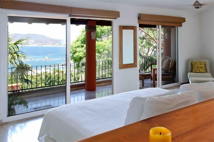 Casa Feliz 9 beautiful ocean view of Ixtapa