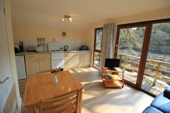 Wooden Lodge with Stunning River Spean Views