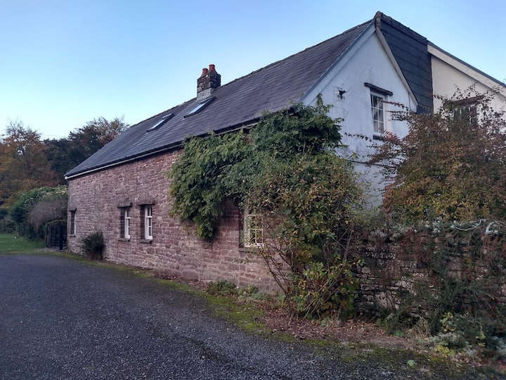 Granary Cottage 1 - Brecon Beacons National Park