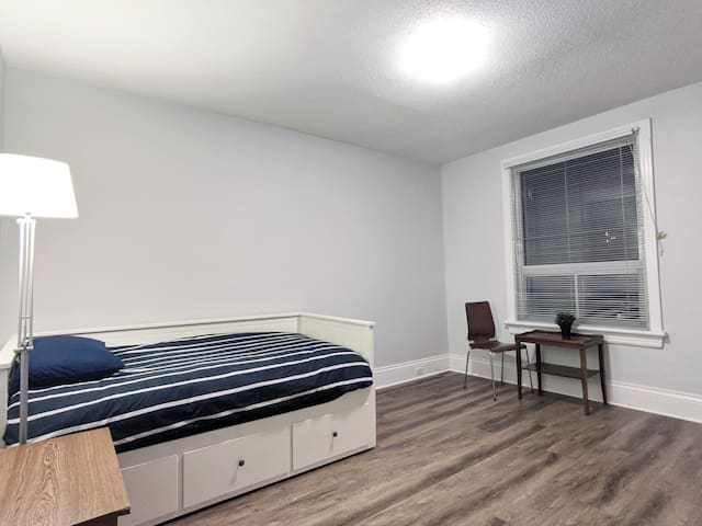 NEW Large Room Downtown . Clean and Renovated!