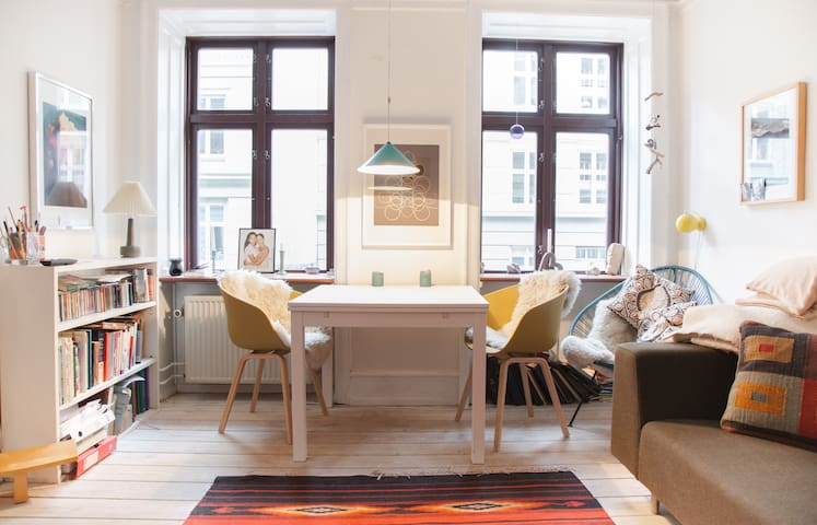 A home away from home in Charming Vesterbro - Copenhagen - Flat