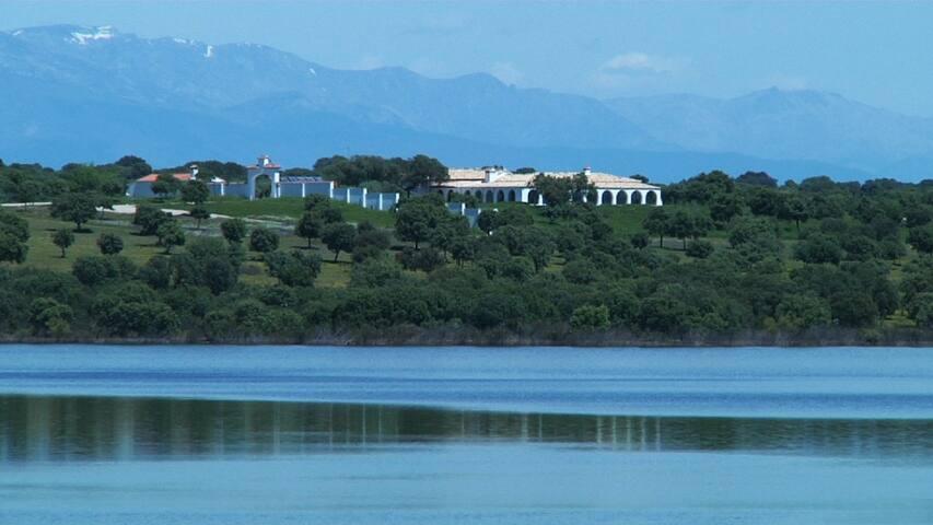 Villa lujo Extremadura-suite 5-Embalse Valdecañas