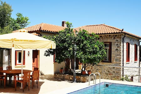 A Summer Guest House - Kymi - Villa