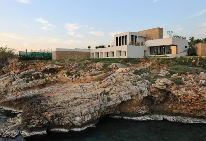 Beach House in byblos -Room renting - Fidar - Vila