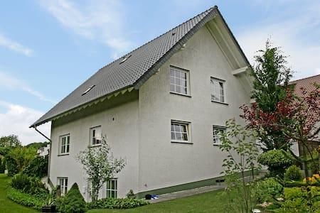 Kiefernweg 5406.1 - Bad Neuenahr-Ahrweiler - Byt