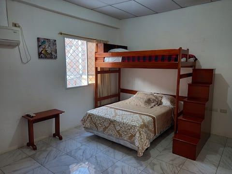 Linda suite cerca al Mall del Pacífico, Playa Murciélago y Av Flavio Reyes