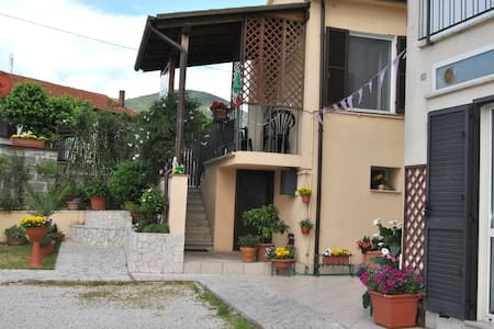 camera luminosa        per famiglia - Bed & Breakfast