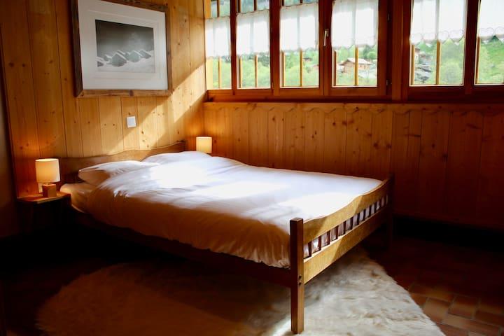 Chambre pleine de charme niché dans les montagnes
