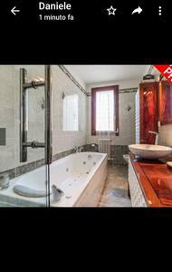 Camera confortevole tra Bologna e Ferrara