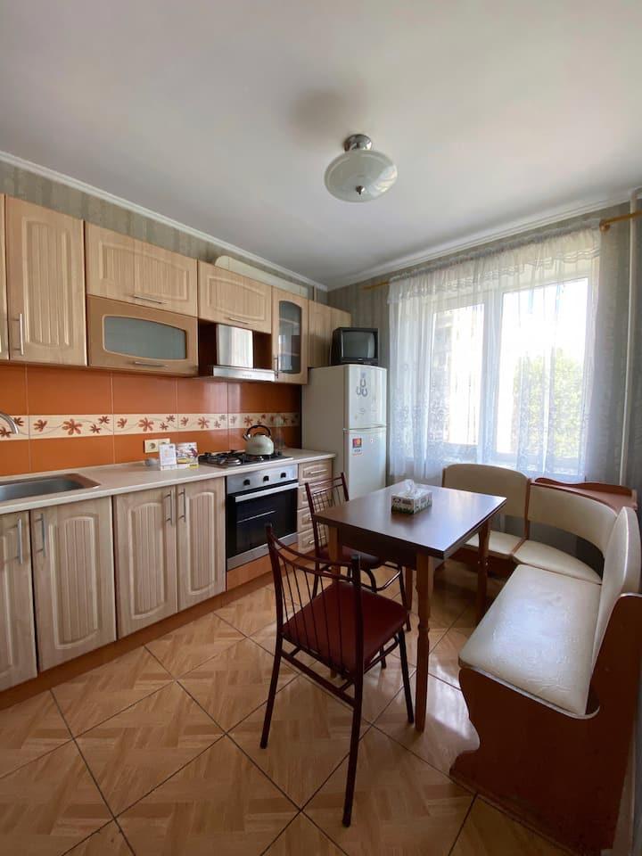 Сдаётся 1-ком квартира (пляж Лузановка)