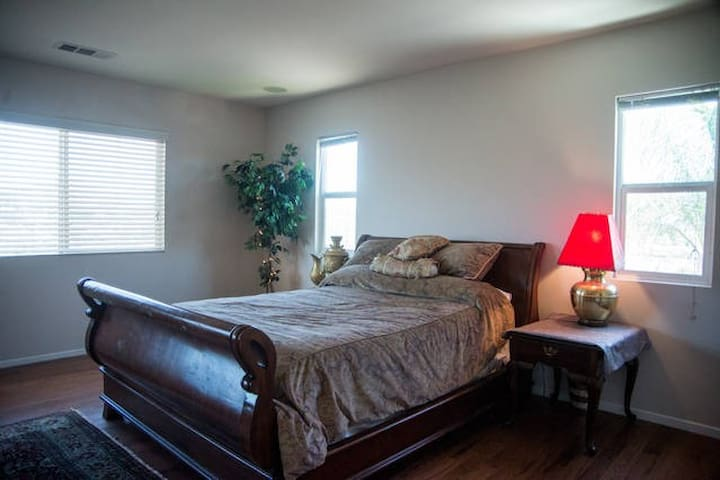 Master Suite - Murrieta - Apartment