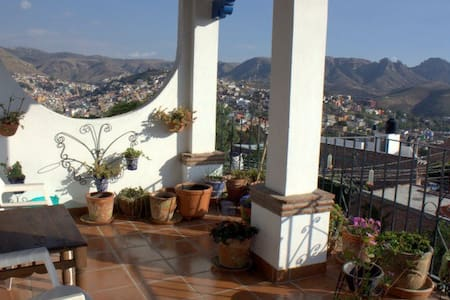 Spectacular Views, Beautiful home - Guanajuato - House