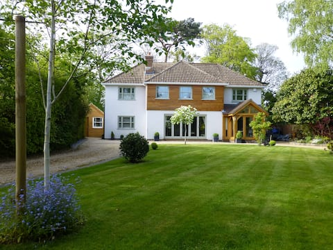 Redwood House Lymington B&B and holiday let