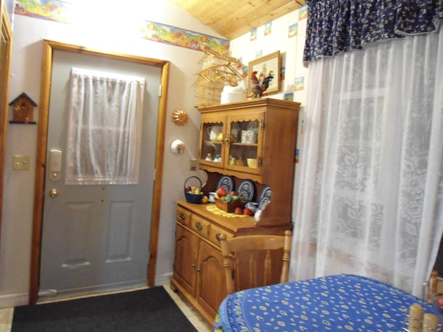 Waddle Inn - Forestview Suite - Bancroft - Daire
