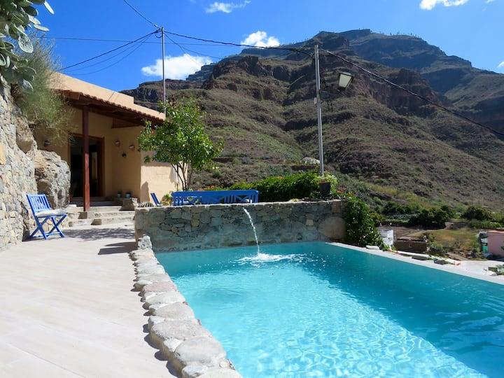 Casa con piscina privada en Cercados de Espino