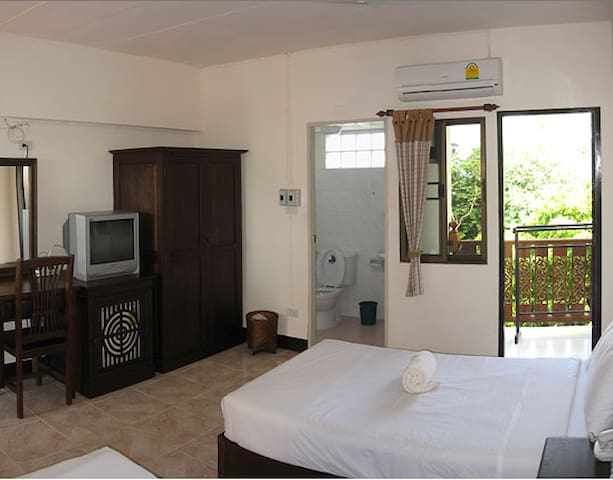 Best Value Guesthouse, CM Old City. - Mueang Chiang Mai - Pis