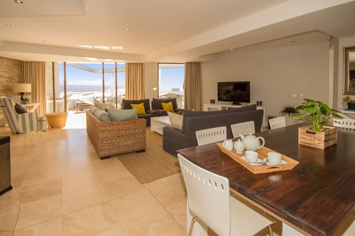 Upper Deck, Plettenberg Bay