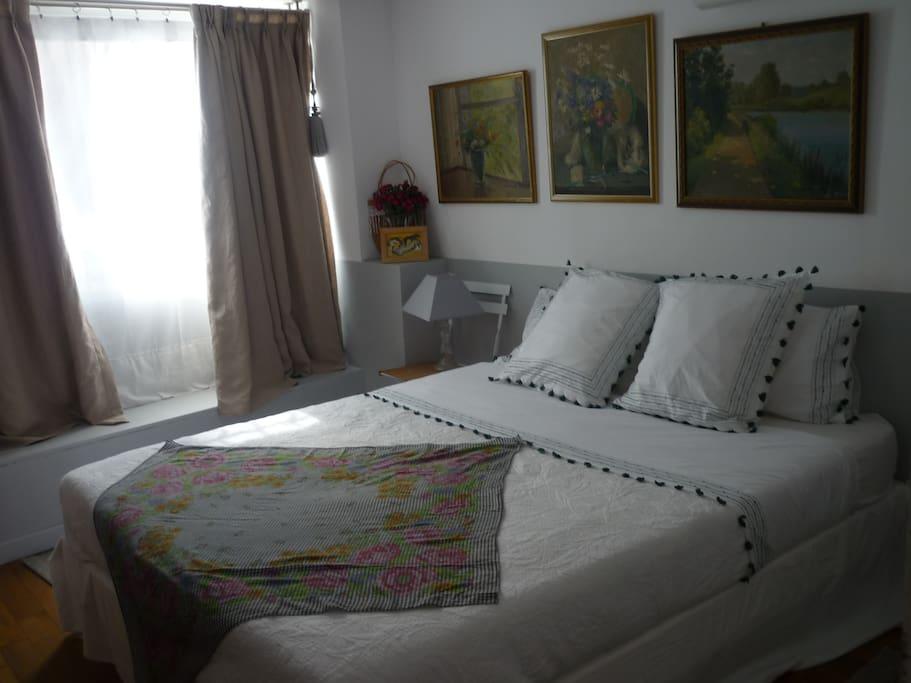 chez ann chambre d 39 h tes appartements louer marseille provence alpes c te d 39 azur france. Black Bedroom Furniture Sets. Home Design Ideas