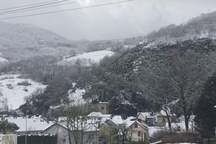 Maison chaleureuse aux pieds des Pyrénées !