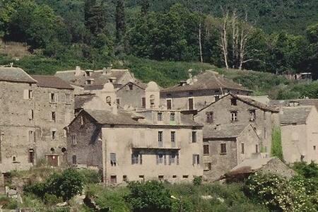 Appartement duplex dans une maison typique Corse