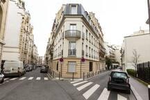 Champs Elysées!! Mini flat 8m²