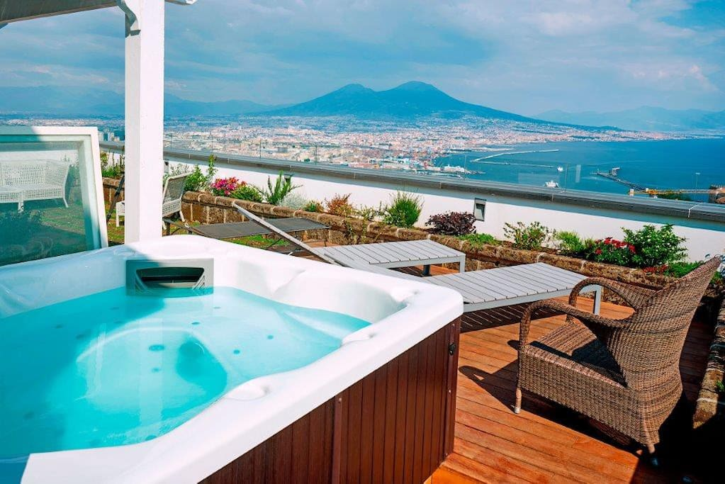 Residenza San Martino - Apartments for Rent in Napoli, Campania, Italy
