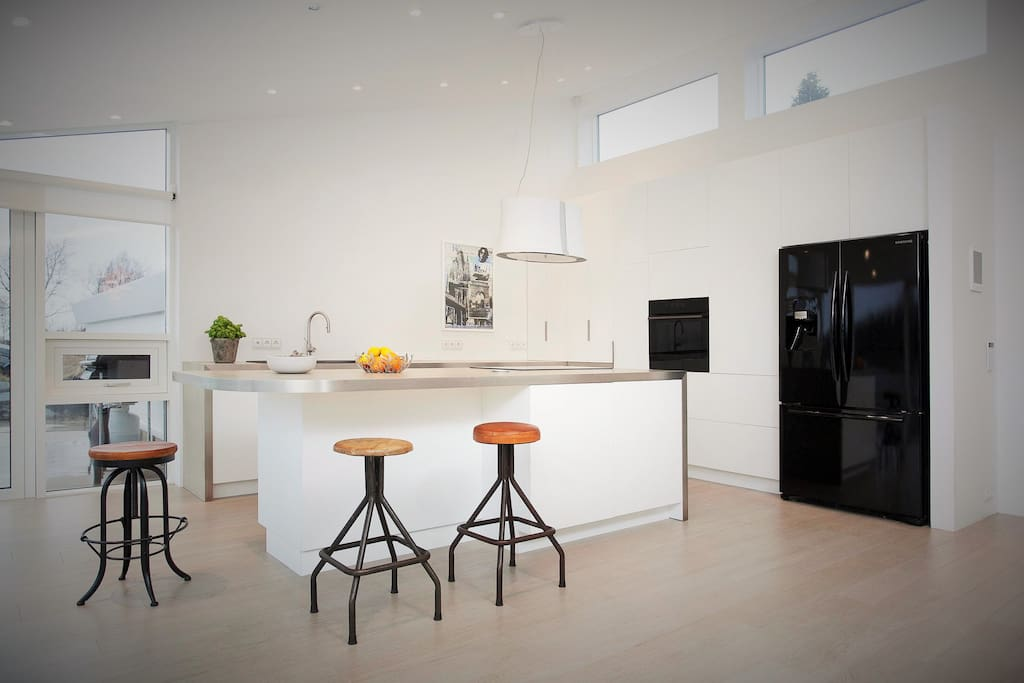 Kitchen fitted with all new luxury equipment.