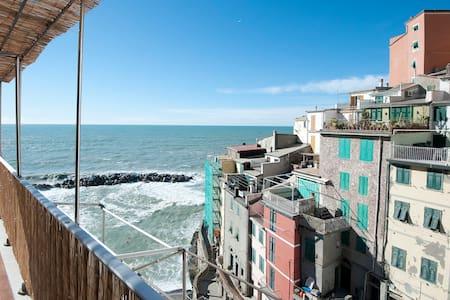 Apartment with Sea View Terrace - Riomaggiore - Lägenhet