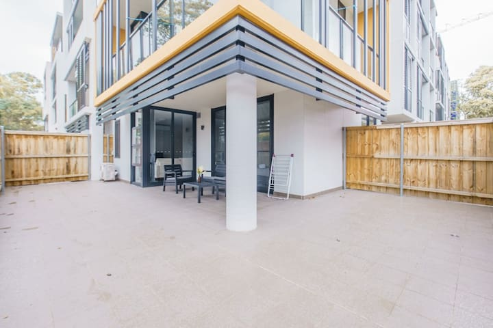 New modern apartment with parking near amenities