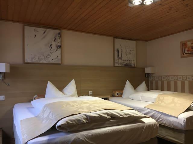 Pension Altes Gasthaus Leuna