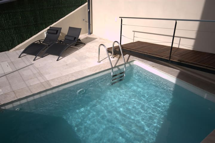House with private pool, terrace