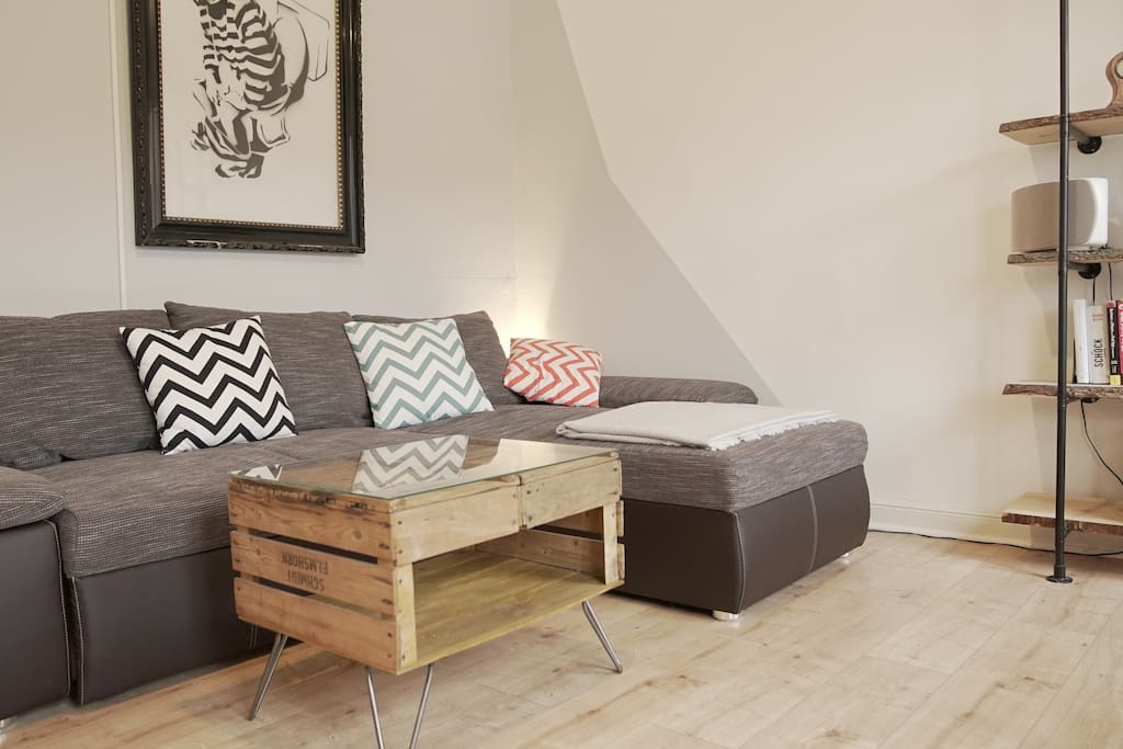 Sofa (can be transformed into a daybed)