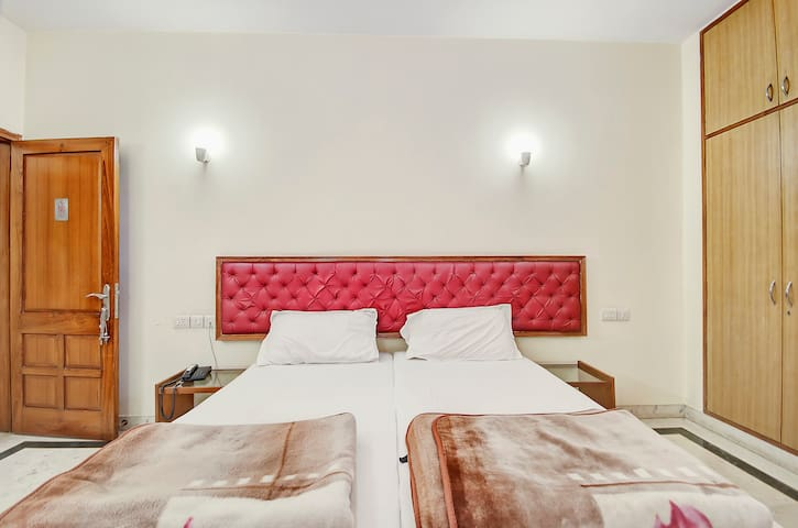 King Size Room in Central Delhi