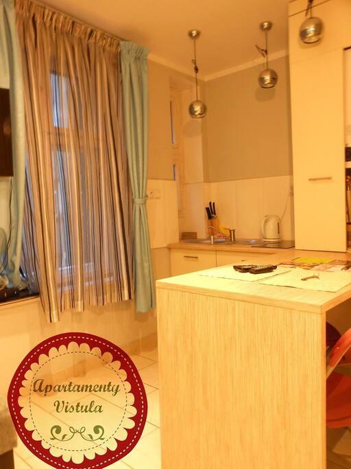 Apartment 4L