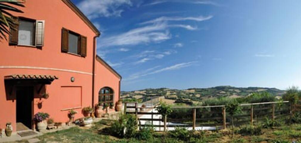 Punto Magico - Offagna - Apartment