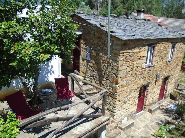 casa de campo  na serra - Alvoco da Serra