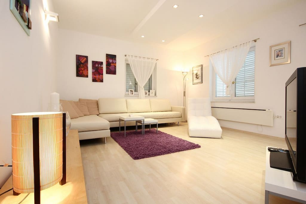 Living room 1, Surface: 20 m²
