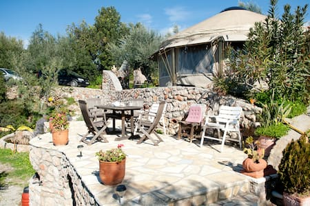 relax in a Yurt with lovely garden - Kalamata - Yurt
