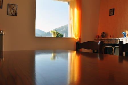 Apartment 68 m2 3min from the sea - Nea Makri