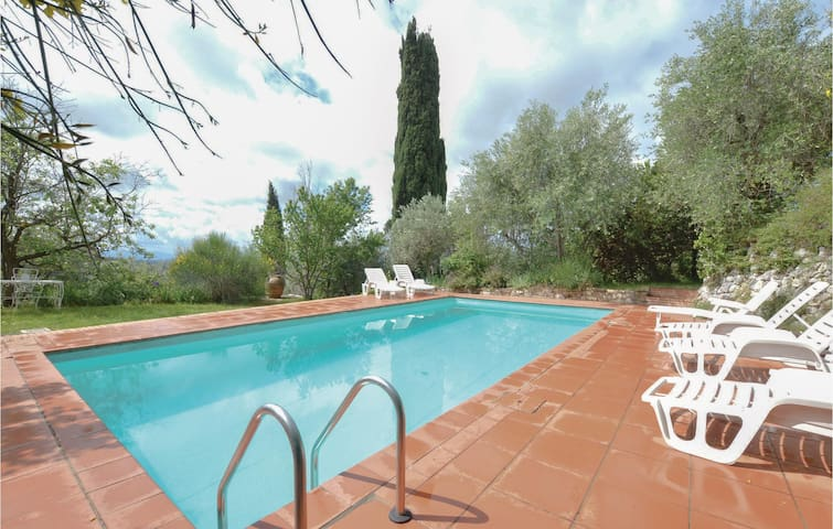 Holiday apartment with 1 bedroom on 40 m² in Certaldo (FI)