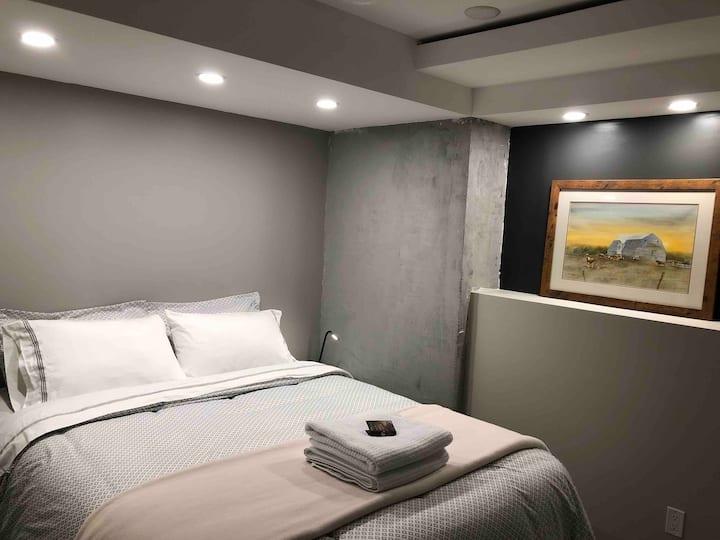 Private basement suite in Brandon