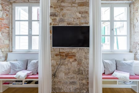 Enchanting Apartment in the Heart of Trogir