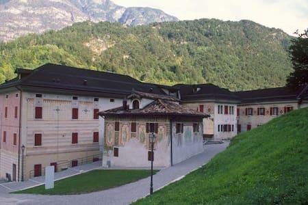 App.to Menadàs-Dolomiti del Cadore - Perarolo di Cadore - Huoneisto