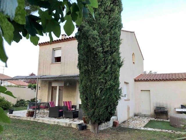 Maison à 2mn de Montpellier, proche des commodités