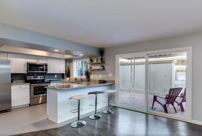 Townhouse near Old Town - heart of Scottsdale!