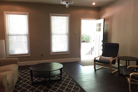 Ultra Clean & Modern Wilkes-Barre Home @ Wilkes U