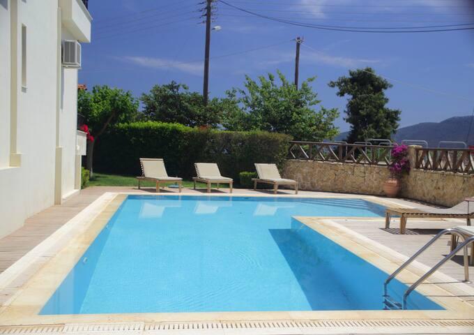 Miramar Complex Korfos - Villa Sunset